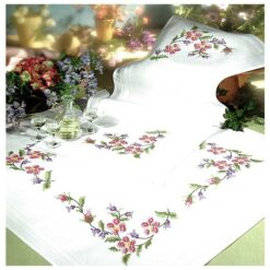 Σταμπωτό Κέντημα Καρέ με Κλαρωτά Λουλούδια